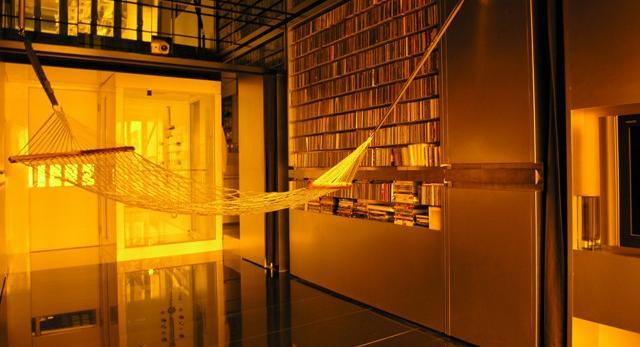 Kawalerki i małe mieszkania czego nie wymyśla architekci. Niesamowita architektura wnętrz